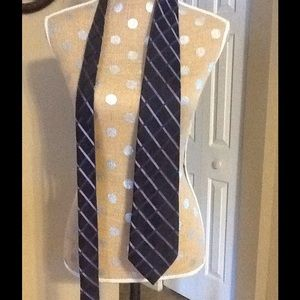 DONALD TRUMP SIGNATURE COLLECTION TIE